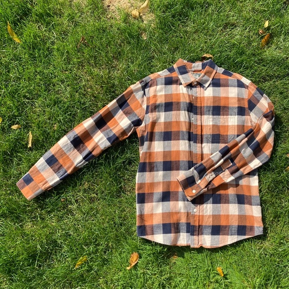 Roots Tops - roots flannel